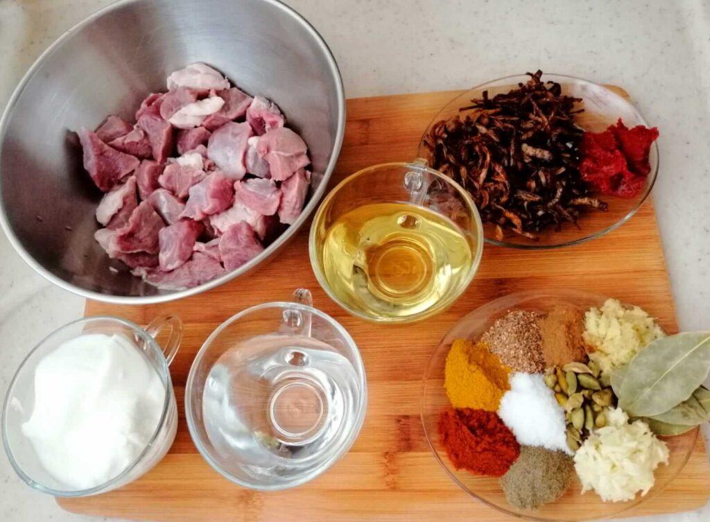 مقادير طاجن اللحم الهندي